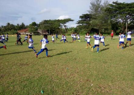 Latihan Rutin Sekolah Sepakbola Putra Gadingsari