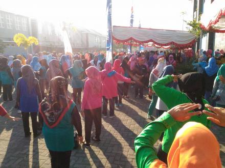 Kader KB Mengikuti Jambore IMP Memperingati Hari Keluarga Nasional XXV