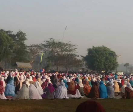 Sholat Idul Adha di Lapangan Sorobayan Gadingsari